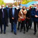 Le Maire Christophe Bazile accompagné des personnalités officielles.